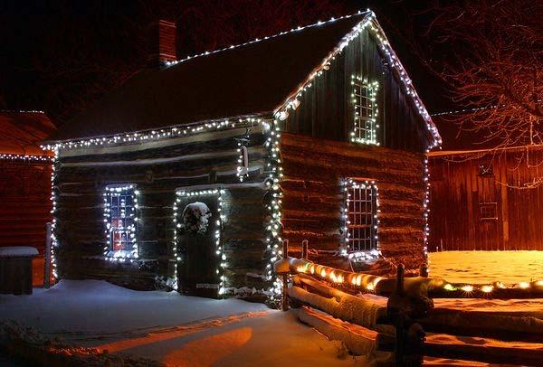 Christmas-Cabin-2.jpg