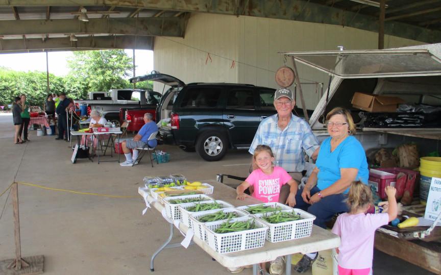 Farmer market (1) sm.JPG