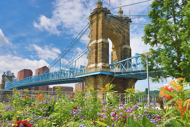 kentucky-pictures-most-beautiful-places-to-visit-covington.jpg