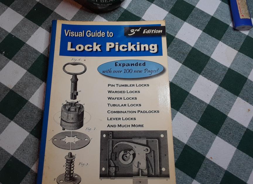 lock picking (1).jpg